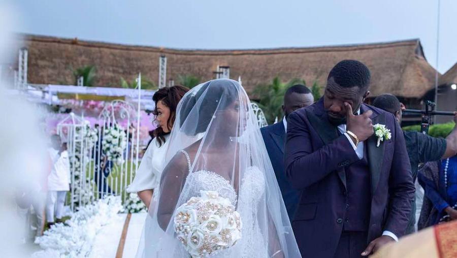 John Dumelo s'est marié : découvrez les magnifiques photos de son mariage