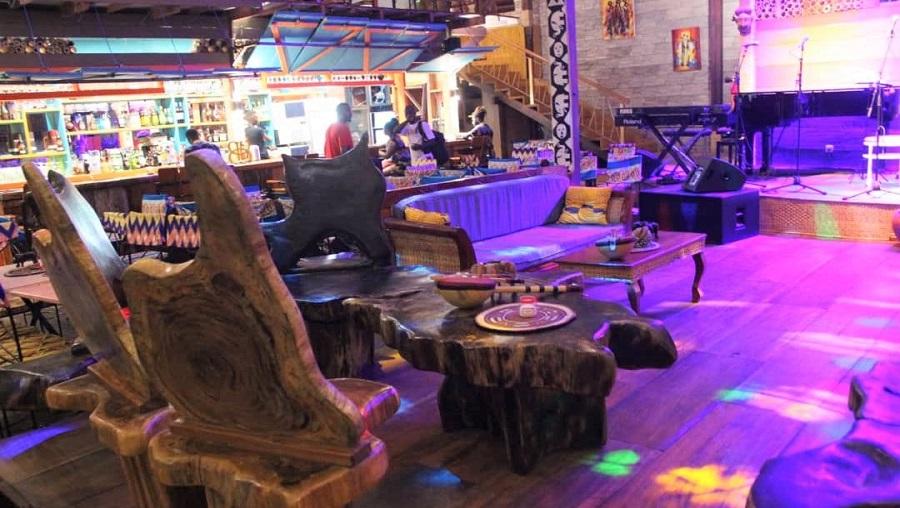 Passez les meilleures soirées au Boukarou Lounge