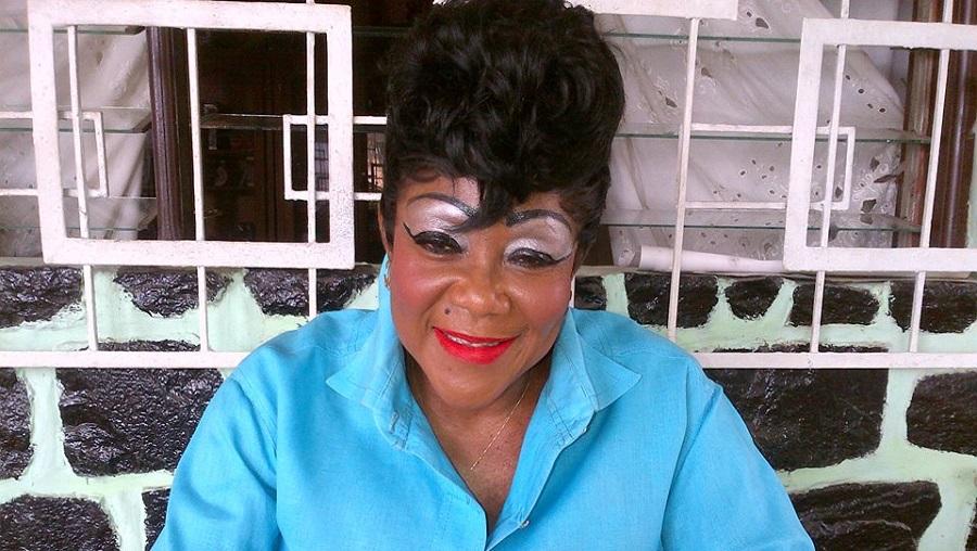 La chanteuse Nguea Laroute très malade à Douala