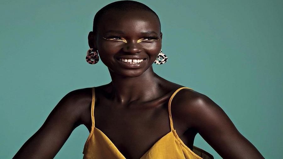 Le mannequin Marie Graobe sur les podiums de la London Fashion week (photos)
