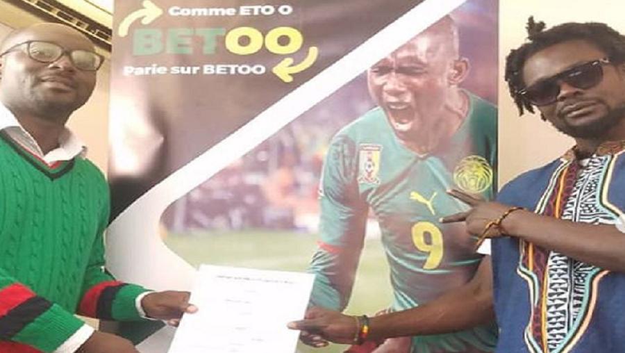 Kola sucré signe un contrat avec Betoo de Samuel Eto'o