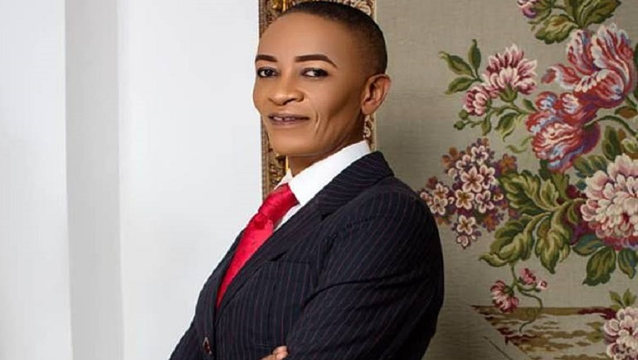 Françoise PUENE (Mami Nyanga) présente son single «stop corona virus»