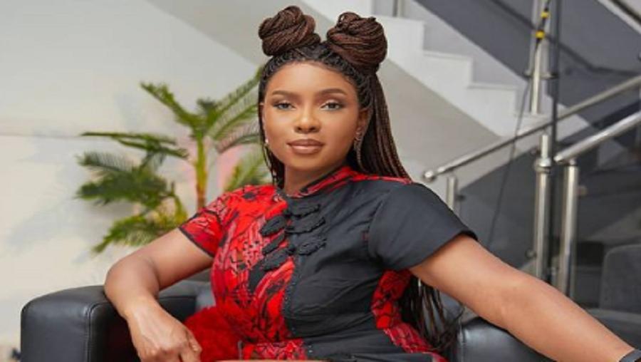 Yemi Alade révèle pourquoi Beyoncé ne peut pas faire de tournée en Afrique