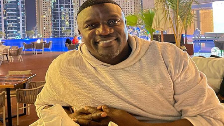 Akon: son incroyable changement physique surprend ses fans