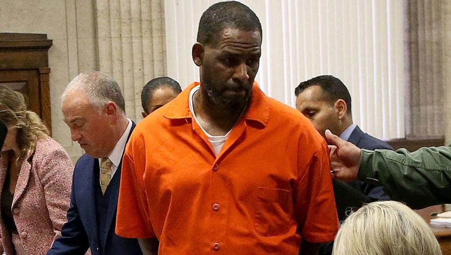 R-Kelly reconnu coupable de crimes sexuels, il risque la prison a perpétuité